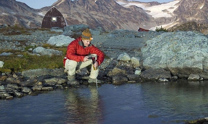 best-portable-water-purifiers-for-travel