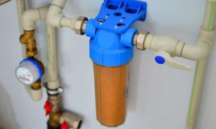 Where-should-a-whole-house-water-filter-be-installed