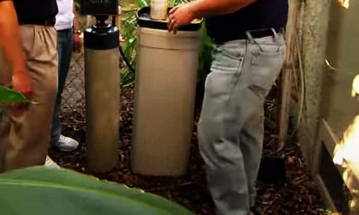 How-do-you-drain-a-water-softener
