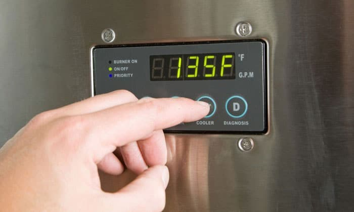 how long does it take a water heater to heat up